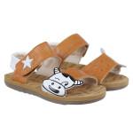 Sandal cho bé trai in hình chú bò sữa DN