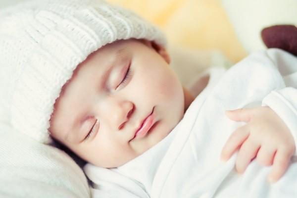 Chất liệu chăn an toàn cho bé