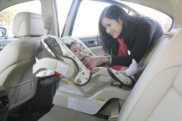 Ghế ngồi ô tô cho trẻ em tốt nhất