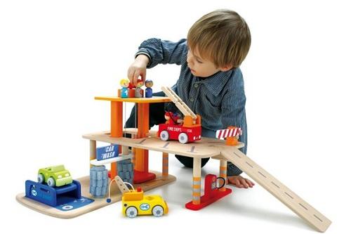 Đồ chơi thông minh cho bé 2 tuổi