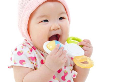 miếng cắn răng thú cho trẻ