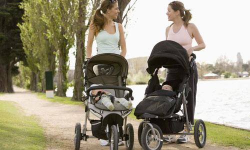 Thương hiệu xe đẩy trẻ em uy tín nên