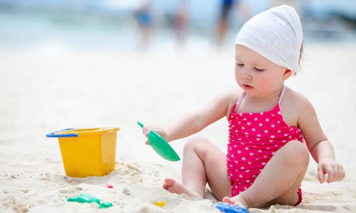 Đồ chơi biển cho bé