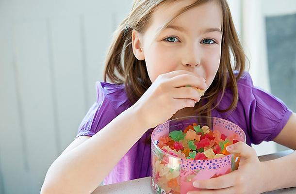 Vì sao phải bổ sung kẹo dinh dưỡng cho bé?