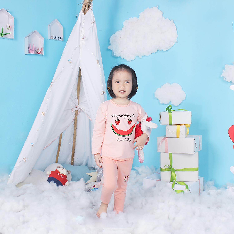 Quần áo dài tay bé gái Mamago in hình miếng dưa hấu LN19T